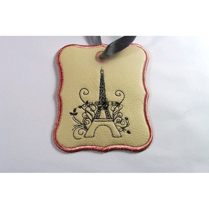 eiffel tower luggage tag