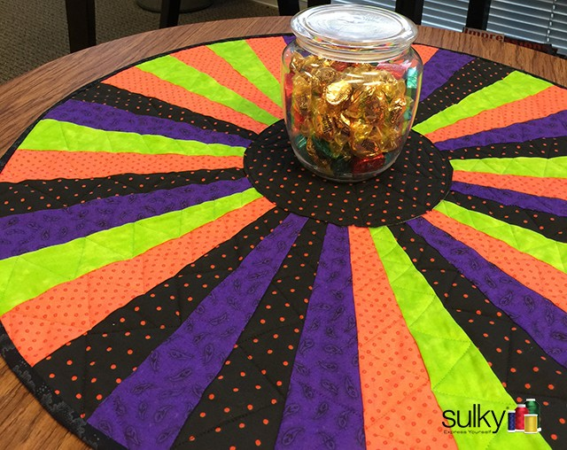 Halloween table topper finished