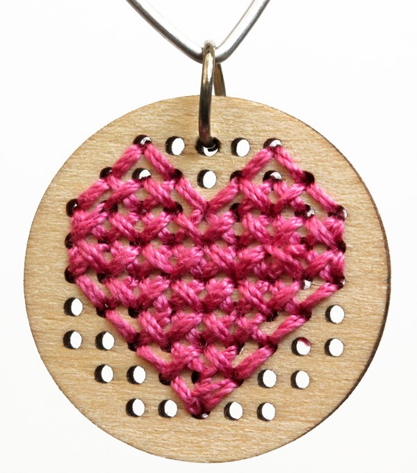 HeartNecklace2