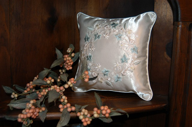 throw-pillow