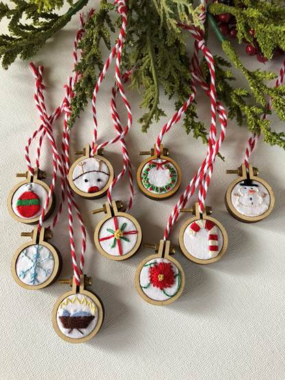 Holiday Mini Hoop Ornaments - FREE Hand Embroidery ...