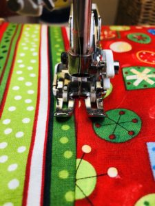 Use invisible thread to quilt the tree skirt