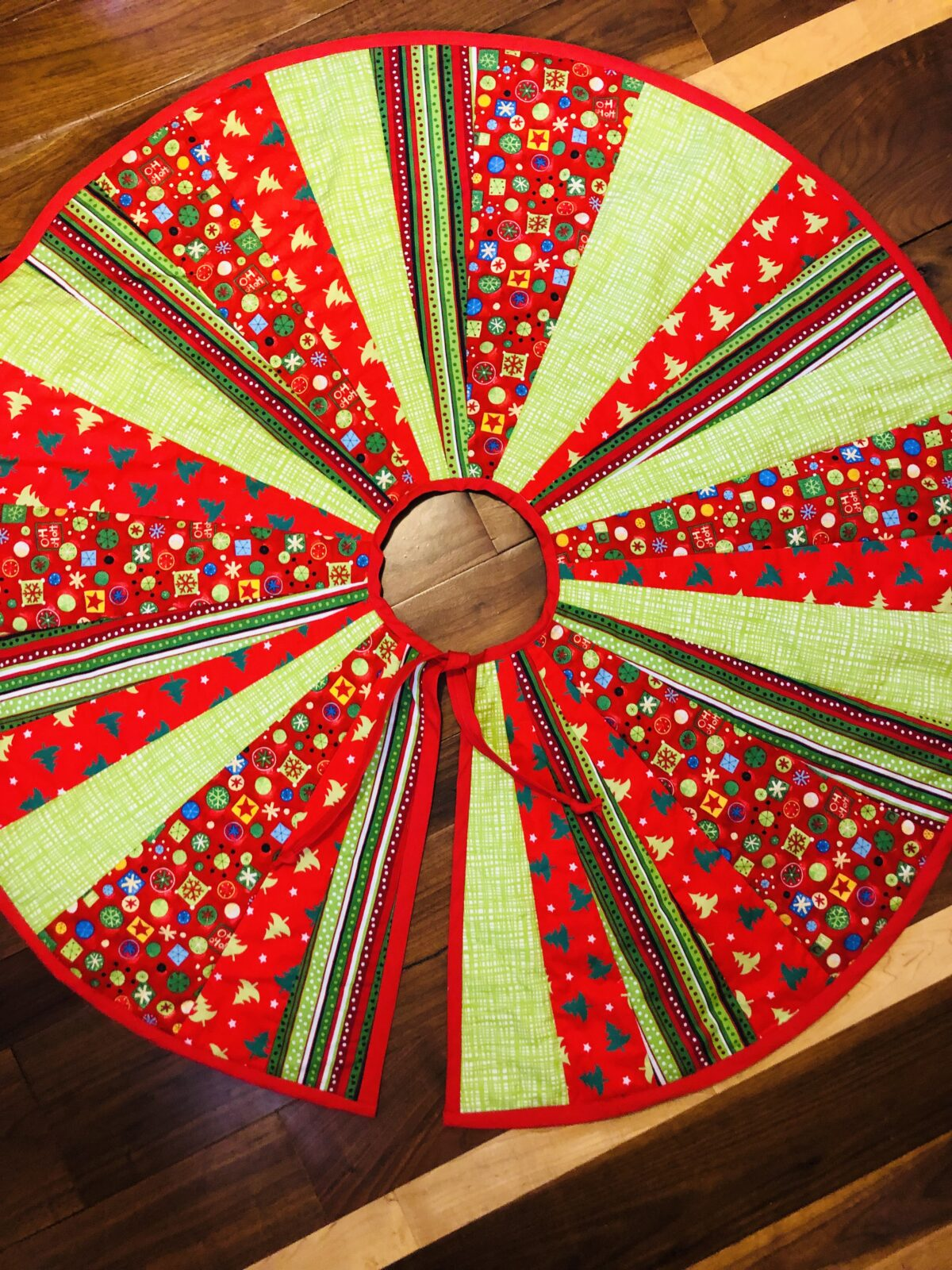 tree skirt right side