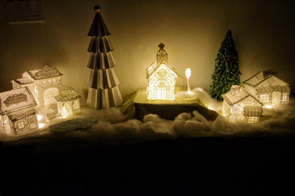 freestanding lace Christmas village front
