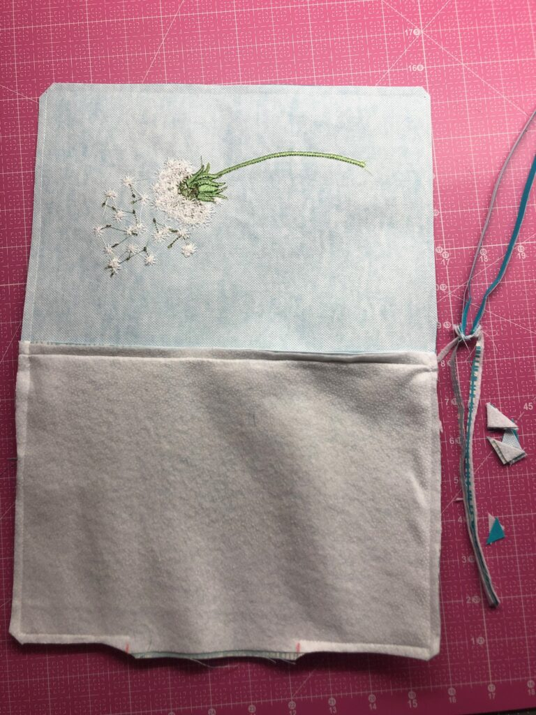 trim zipper pouch edges