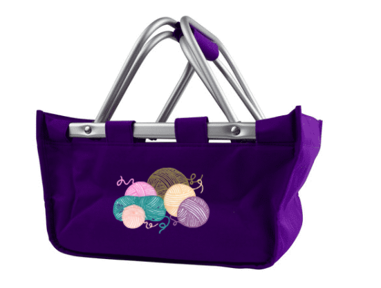 tote bag with embroidered yarn